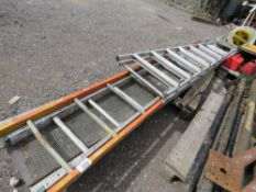 STAGING BOARD, 1 X STEP LADDERS PLUS 2 X LADDER SECTIONS. NO VAT ON HAMMER PRICE.