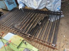 3 X METAL RAILINGS, 7-8FT WIDE X 1.35M HEIGHT APPROX. NO VAT ON HAMMER PRICE.