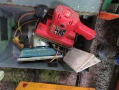 2 X ELECTRIC SANDERS.