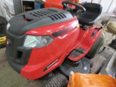LAWNFLITE RIDE ON TRACTOR MOWER WITH HYDRASTATIC DRIVE. WHEN TESTED WAS SEEN TO START, RUN, DRIVE AN