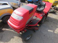 COUNTAX C300H RIDE ON MOWER WITH COLLECTOR. HYDROSTATIC DRIVE. WHEN TESTED WAS SEEN TO RUN, DRIVE AN