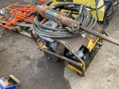 STANLEY HYDRAULIC BREAKER PACK WITH HOSE PLUS A GUN