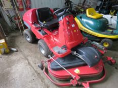 COUNTAX OUTFRONT RIDE ON MOWER, 1.3M DECK, KAWASAKI 25HP ENGINE. WHEN TESTED WAS SEEN TO RUN, DRIVE,