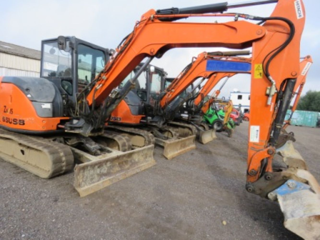 UK BUSINESS & TRADE TIMED ON-LINE SALE: Construction, Agricultural & Industrial  Machinery.
