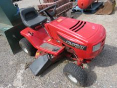 MURRAY 125/96 RIDE ON MOWER. WHEN TESTED WAS SEEN TO RUN AND DRIVE AND MOWERS TURNED (BLADE CATCHING