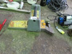 CABLE DETECTION UNIT WITH A SIGNAL EMMITTER.UNTESTED, CONDITION UNKNOWN. (REF:893/06.21)