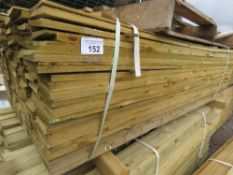 LARGE PACK OF PRESSURE TREATED FEATHER EDGE FENCING TIMBER. 1.54M LENGTH X10CM WIDTH APPROX.