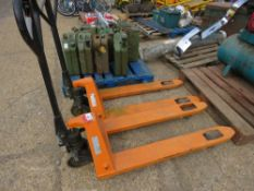 2 X HYDRAULIC PALLET TRUCKS, SOURCED FROM COMPANY LIQUIDATION.