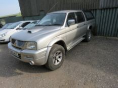MITSUBISHI L200 DOUBLE CAB PICKUP. 2.8LITRE DIESEL. WITH CANOPY. REG:CN05 MUO LEATHER, AIRCON, IN