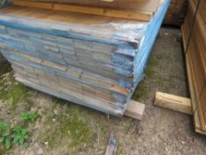 LARGE PACK OF UNTREATED HIT AND MISS FENCE CLADDING TIMBER BOARDS, 1.75 M LENGTH X 10CM WIDTH APPROX