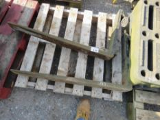 2 X FORKLIFT TINES.