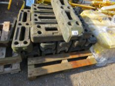 PALLET CONTAINING 14 X TEMPORARY FENCE BASES/FEET.