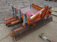 SISIS QUADRAPLAY QP4/6 GROOMING UNIT, TRACTOR MOUNTED.