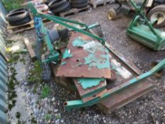 MAJOR 8FT WIDE FINISHING MOWER, TRACTOR MOUNTED....NO BELTS...FOR REPAIR. THIS LOT IS SOLD UNDER T
