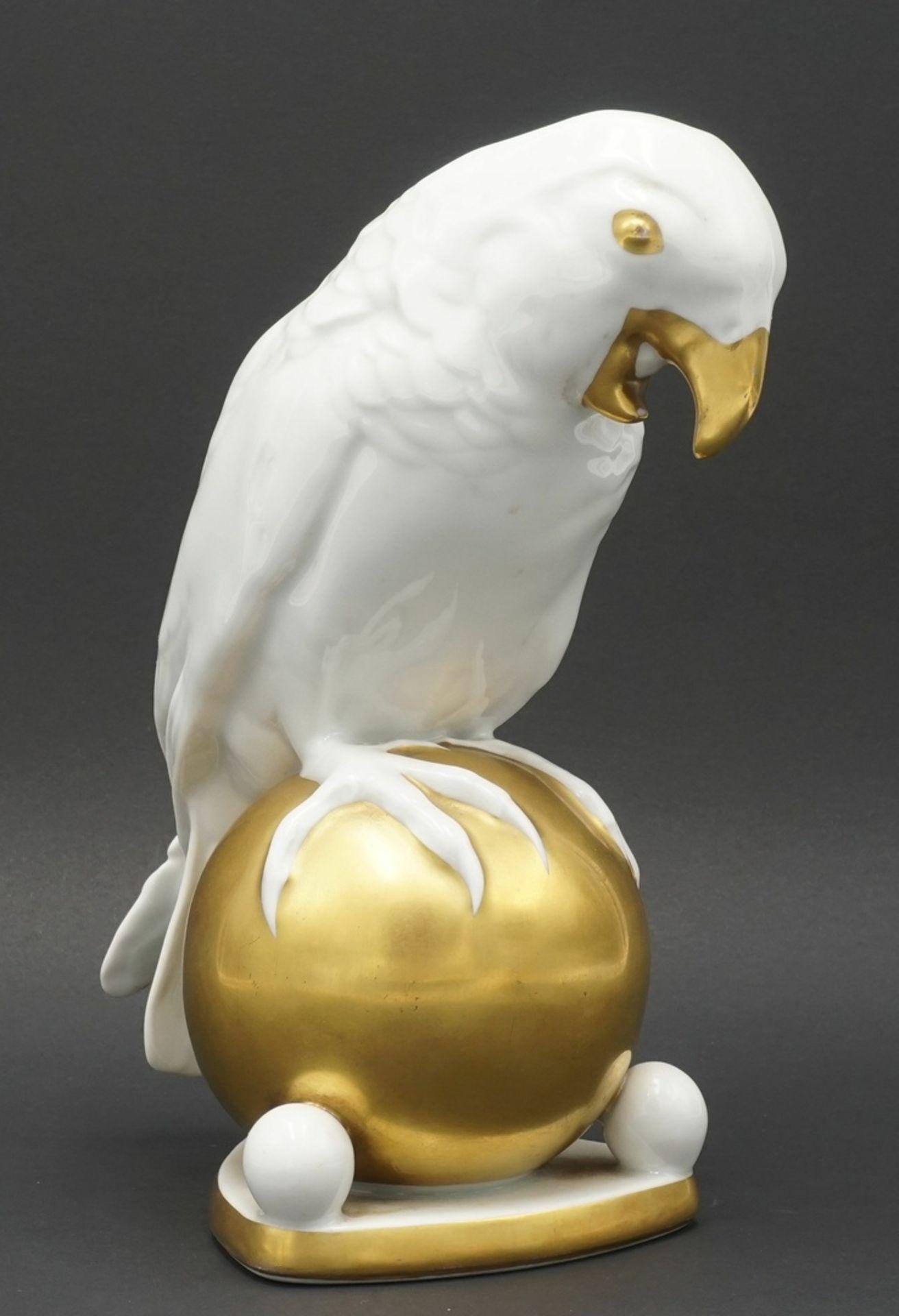 """Fritz Klee, Hutschenreuther """"Papagei auf Kugel"""", 1911-1939"""