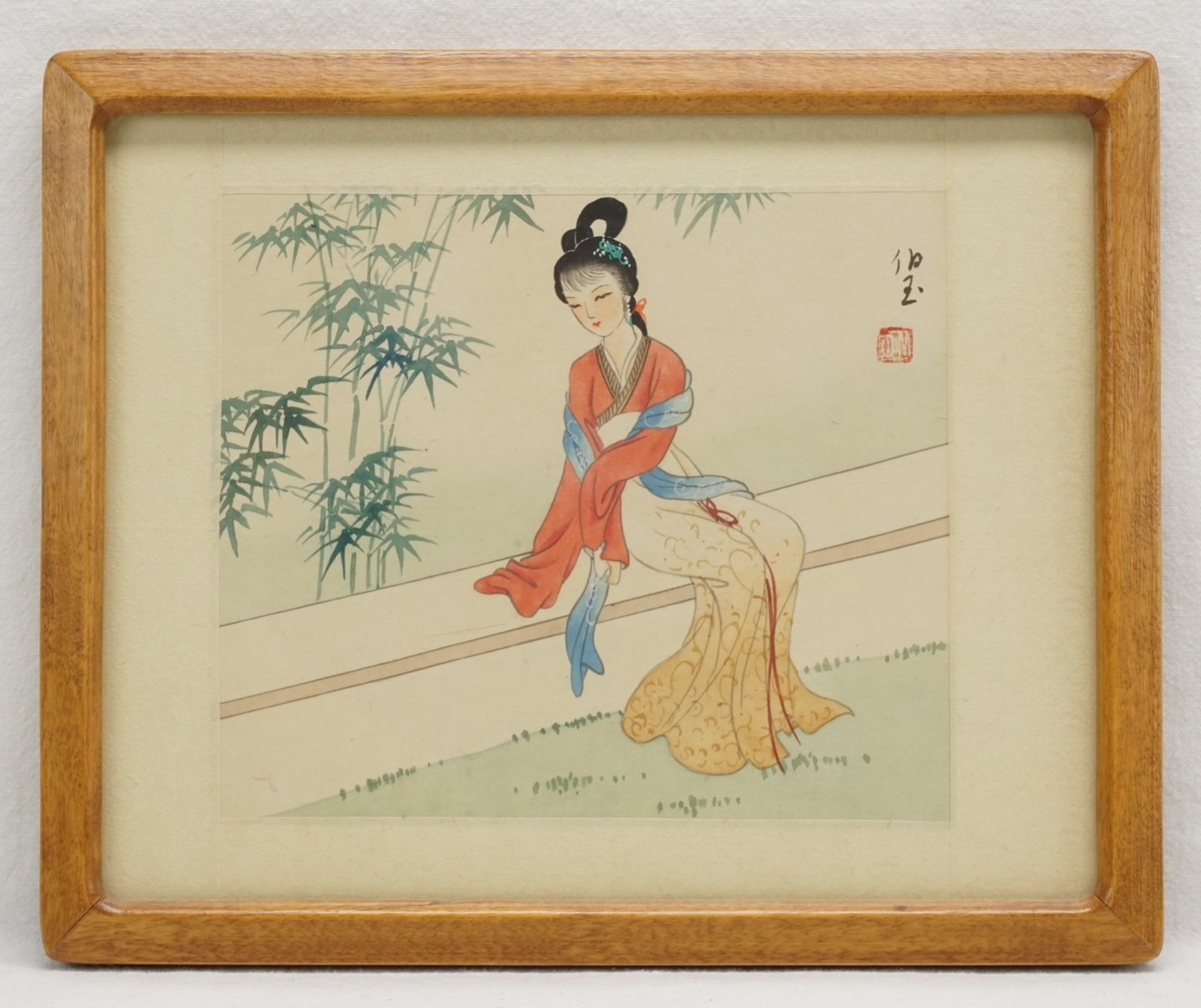 Drei japanische Seidenbilder mit Frauendarstellungen - Bild 4 aus 4