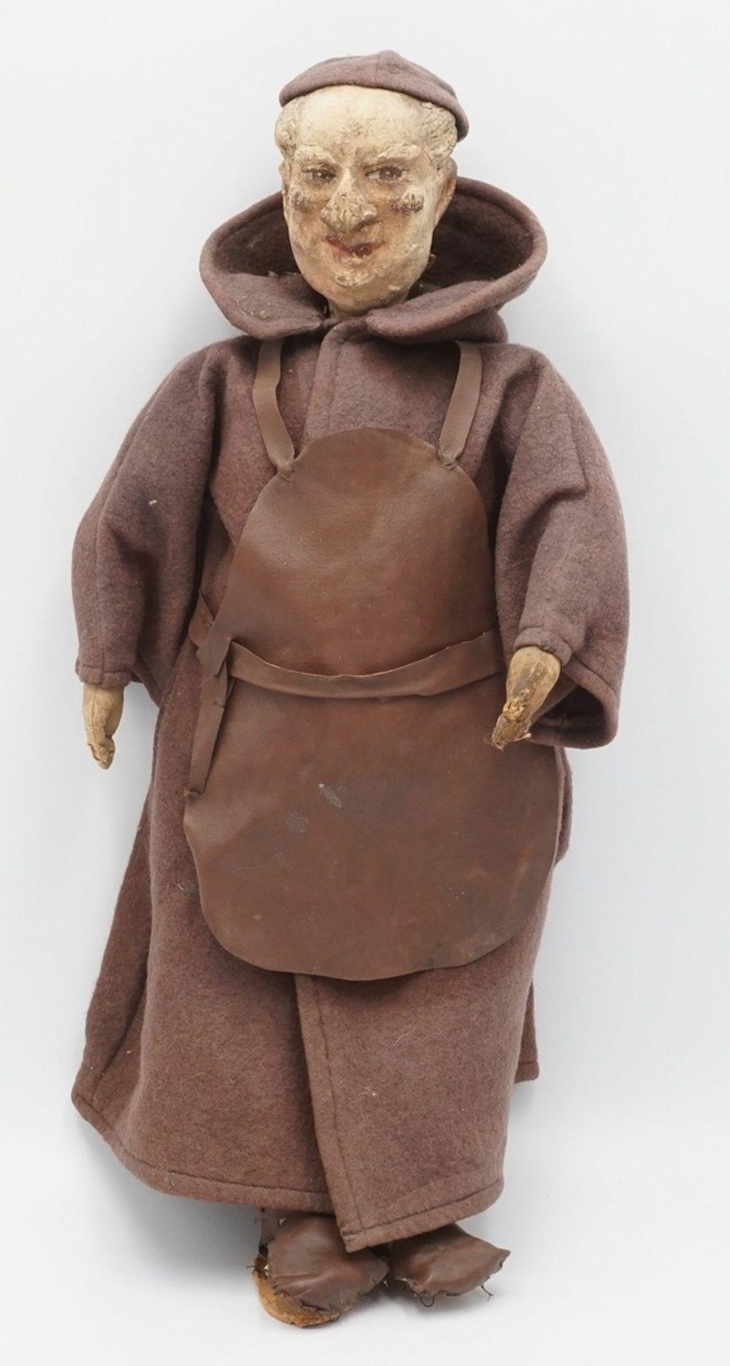 Mönch in brauner Kutte mit Bierbrauerschürze, 1. Hälfte 20. Jh.