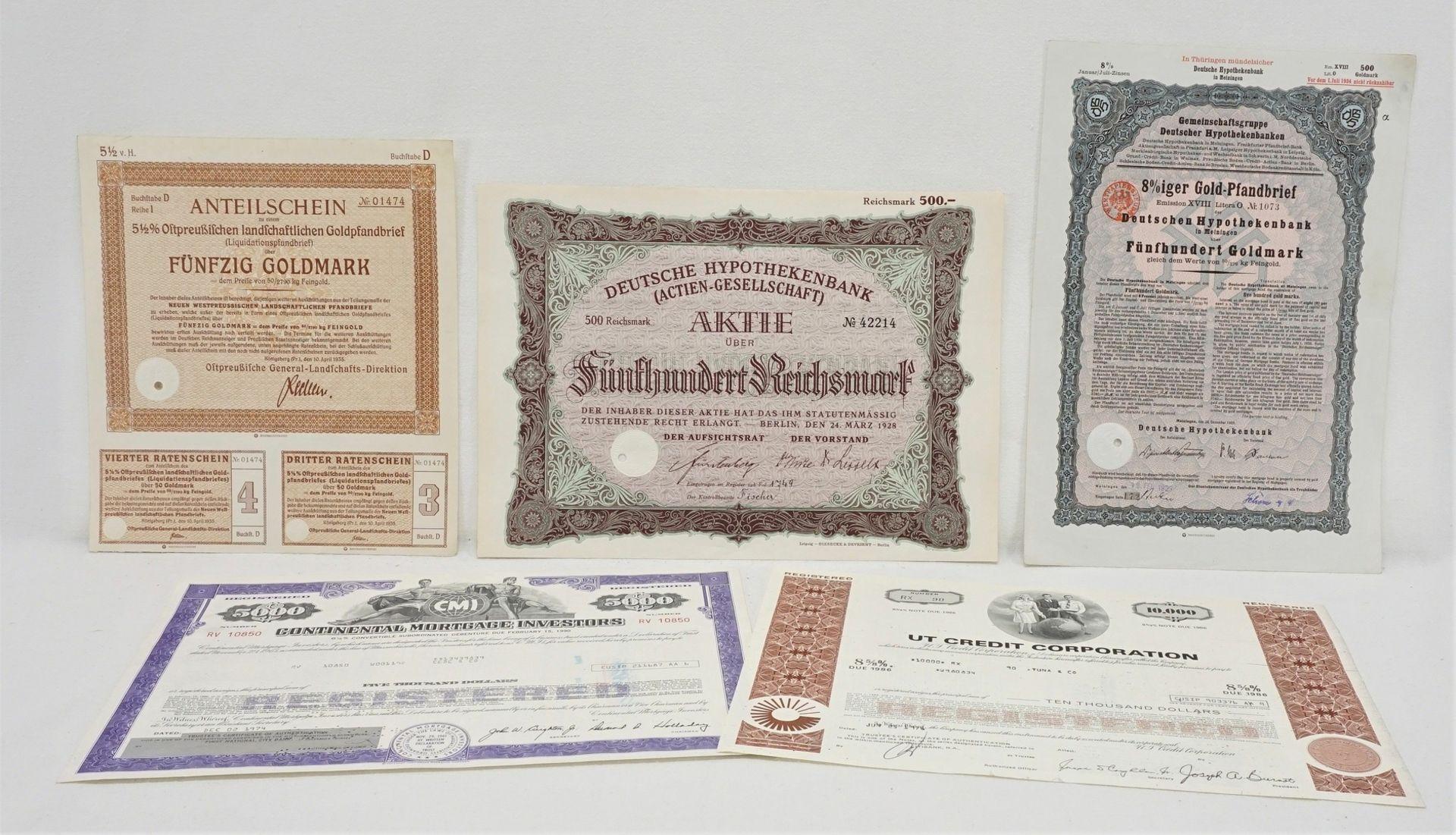 Fünf historische Wertpapiere / Aktien
