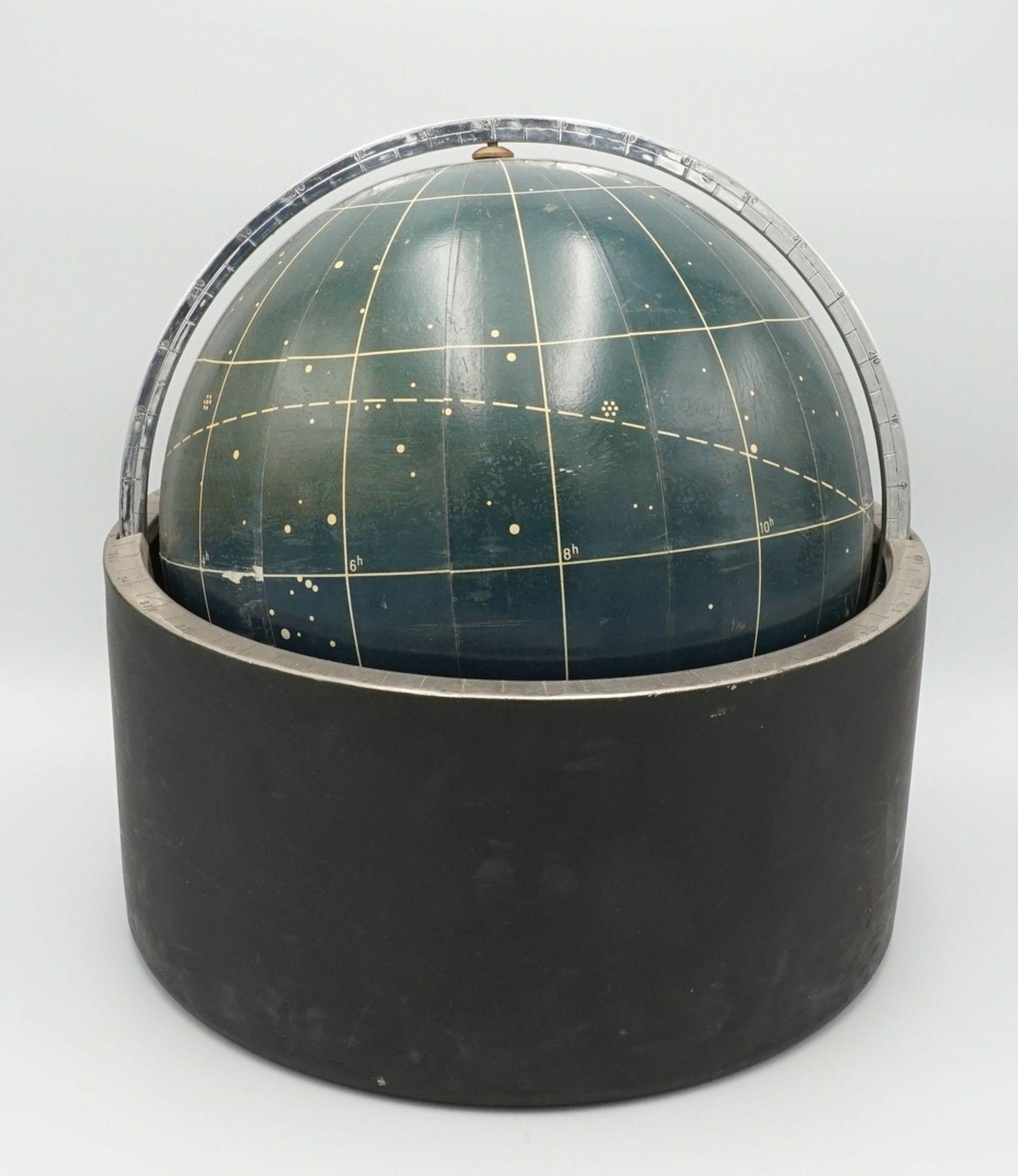 Himmelsglobus von Erich Bartl, wohl um 1970
