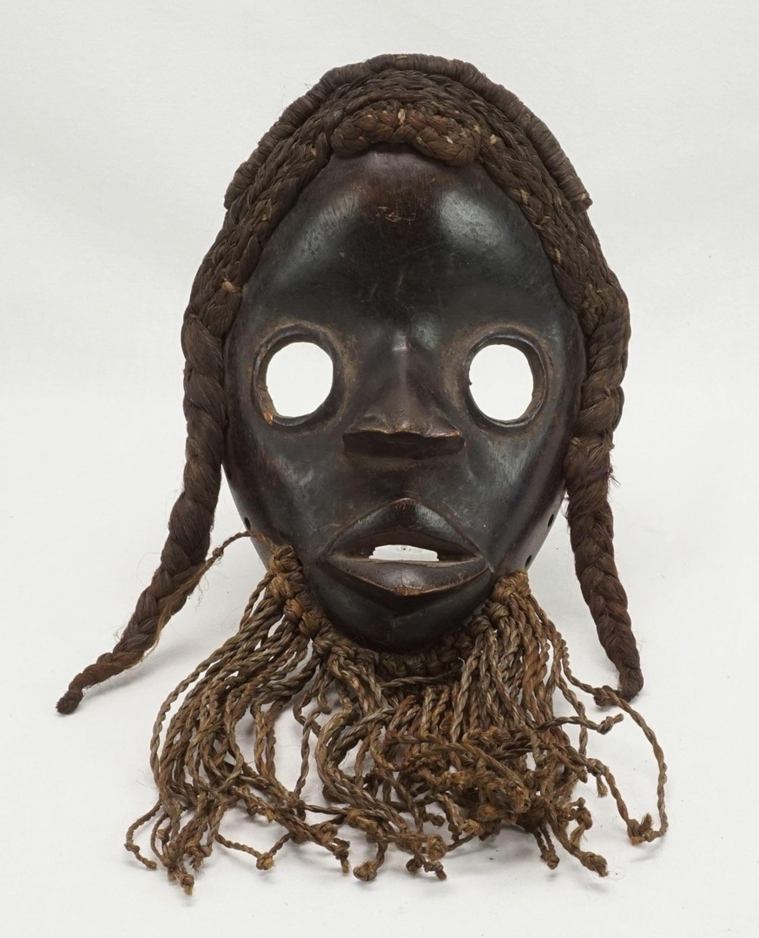 "Feuermeldermaske ""zakpai"", Dan, Elfenbeinküste (Côte d'Ivoire)"