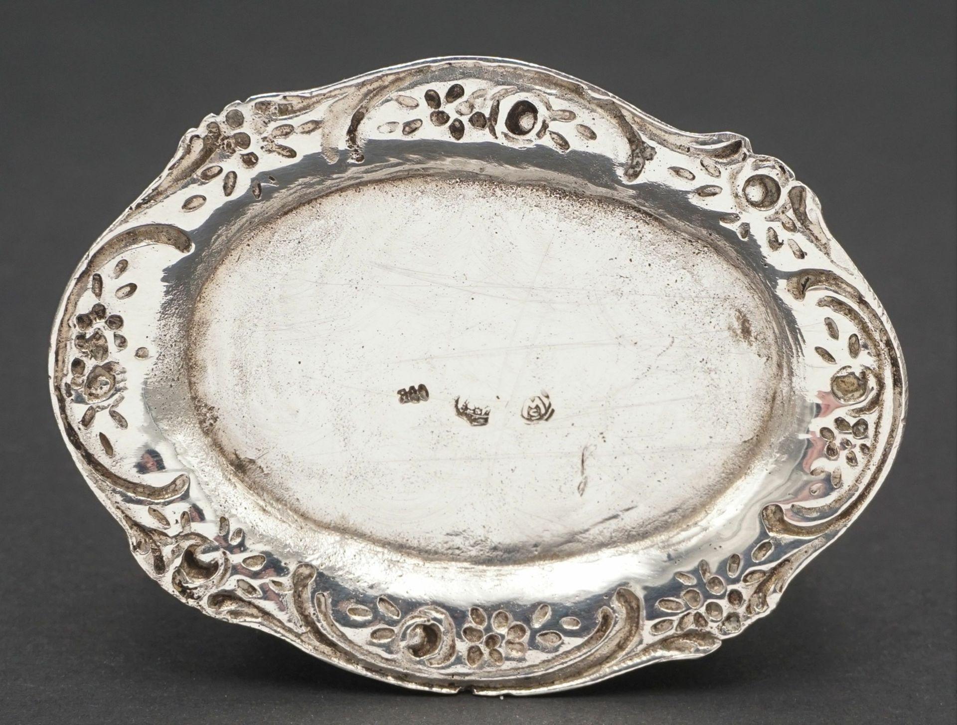 Drei reich verzierte Silberteile - Bild 6 aus 6