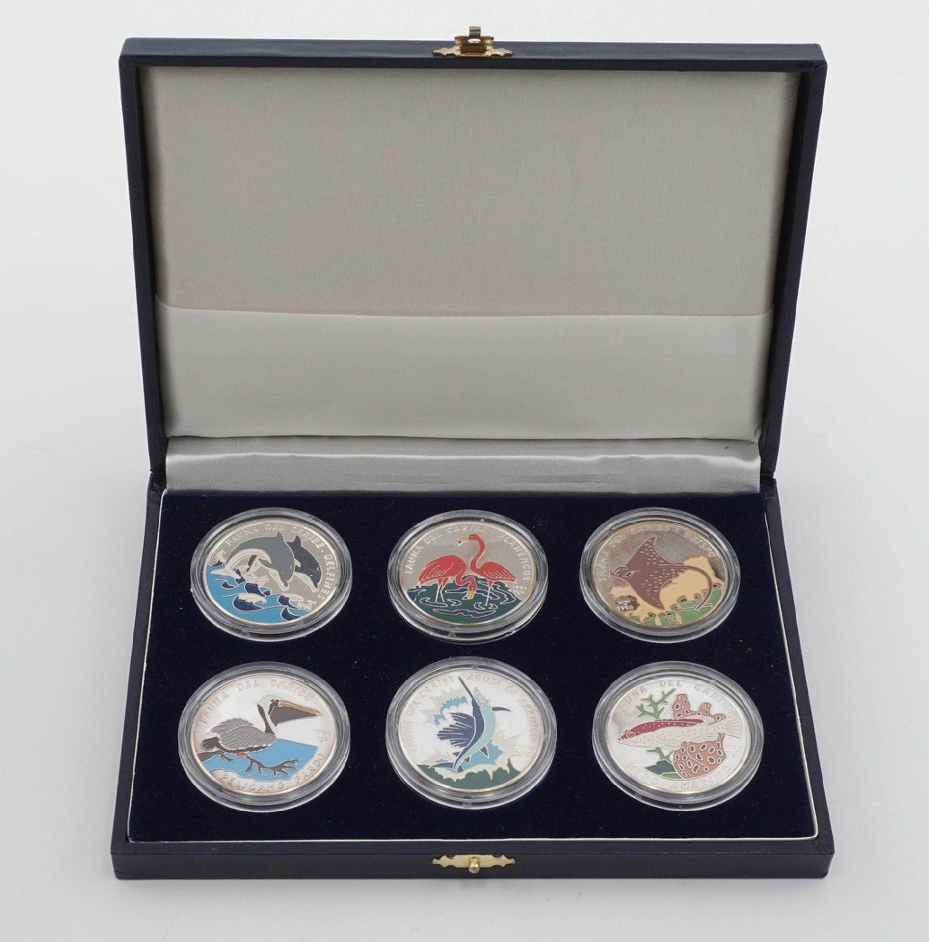Sechs kubanische Silbermünzen