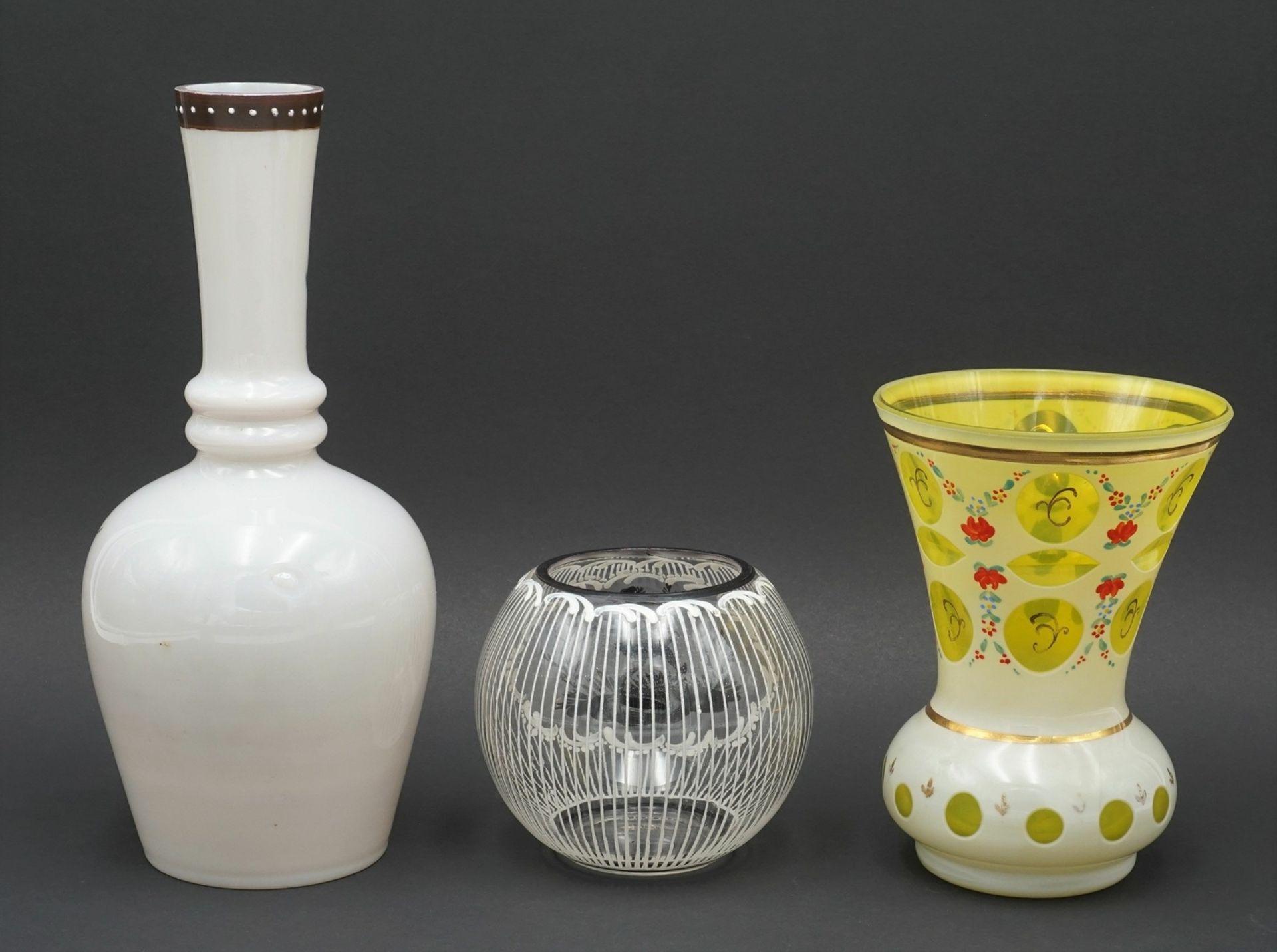 Drei Vasen - Bild 2 aus 2