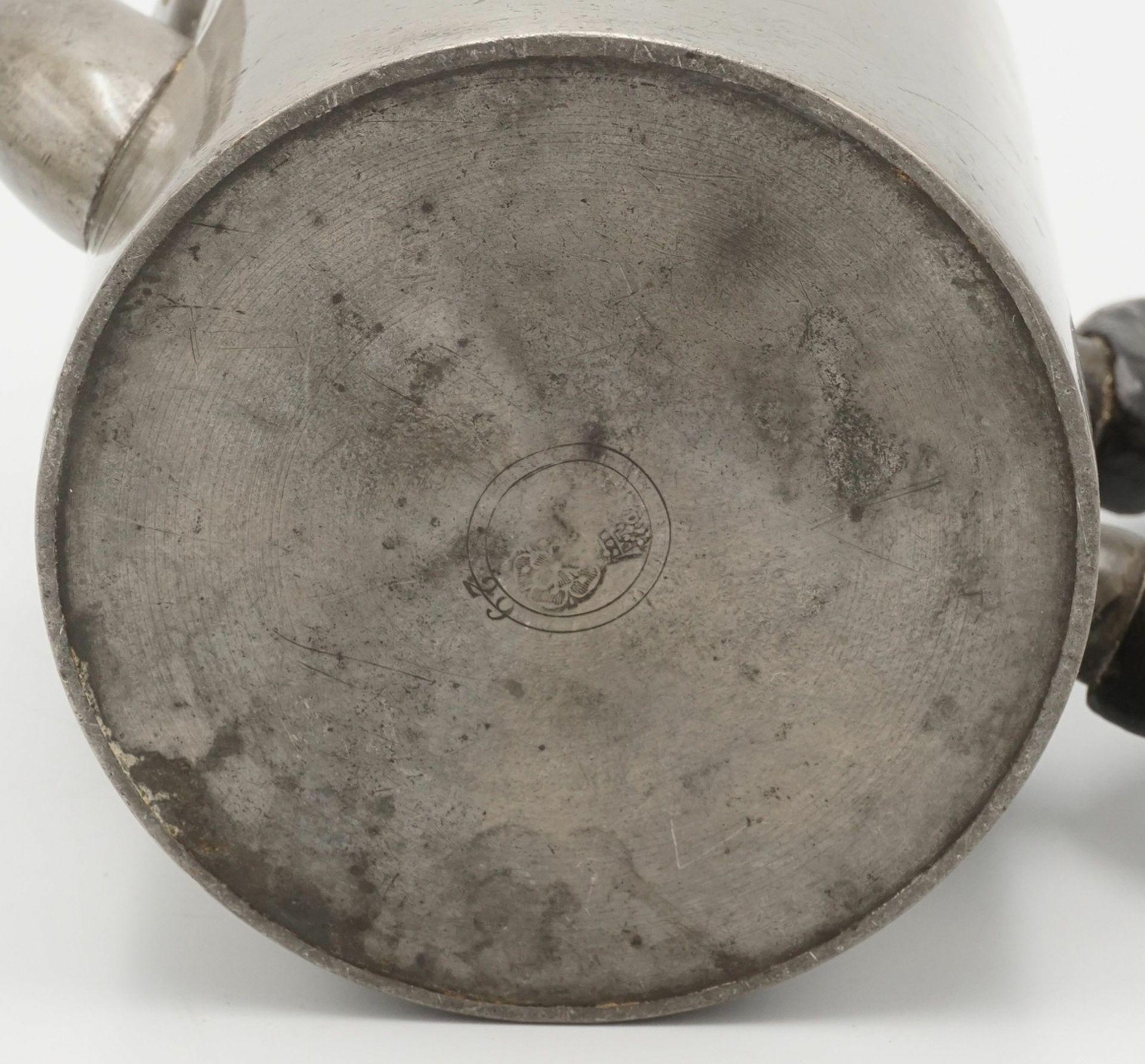 Biedermeier Zinnkanne, um 1840 - Bild 3 aus 3