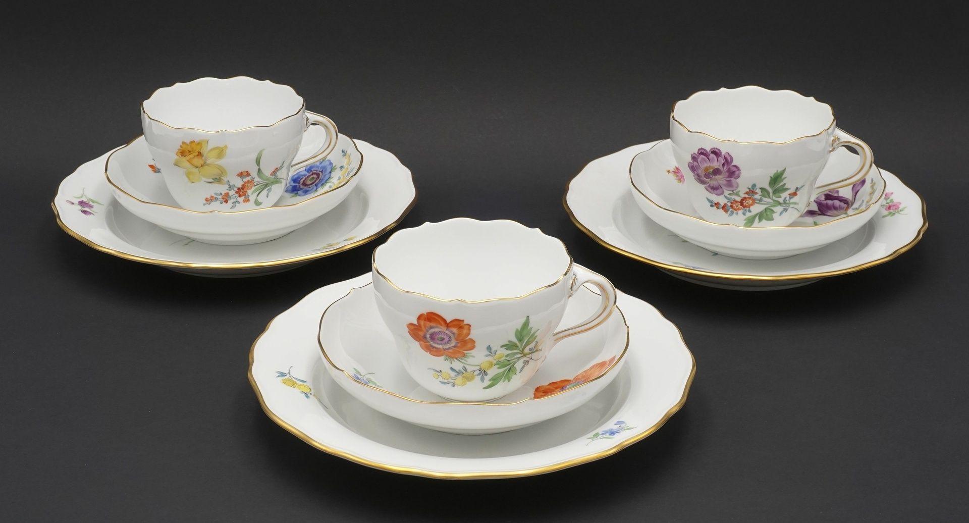 Sechs Meissen Kaffeegedecke mit Bunter Blume - Bild 3 aus 5