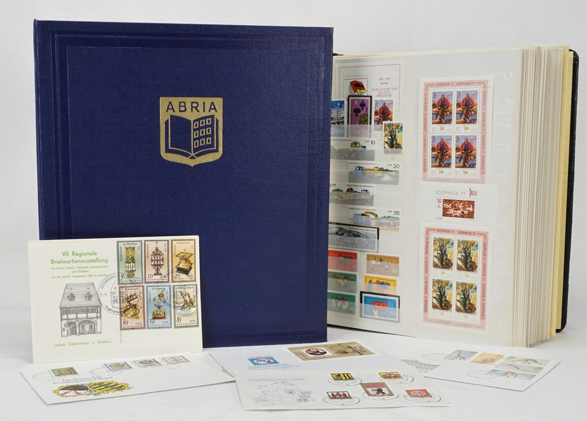 Ca. 1685 Briefmarken, Blocks und Ersttagsbriefe (FDCs), DDR