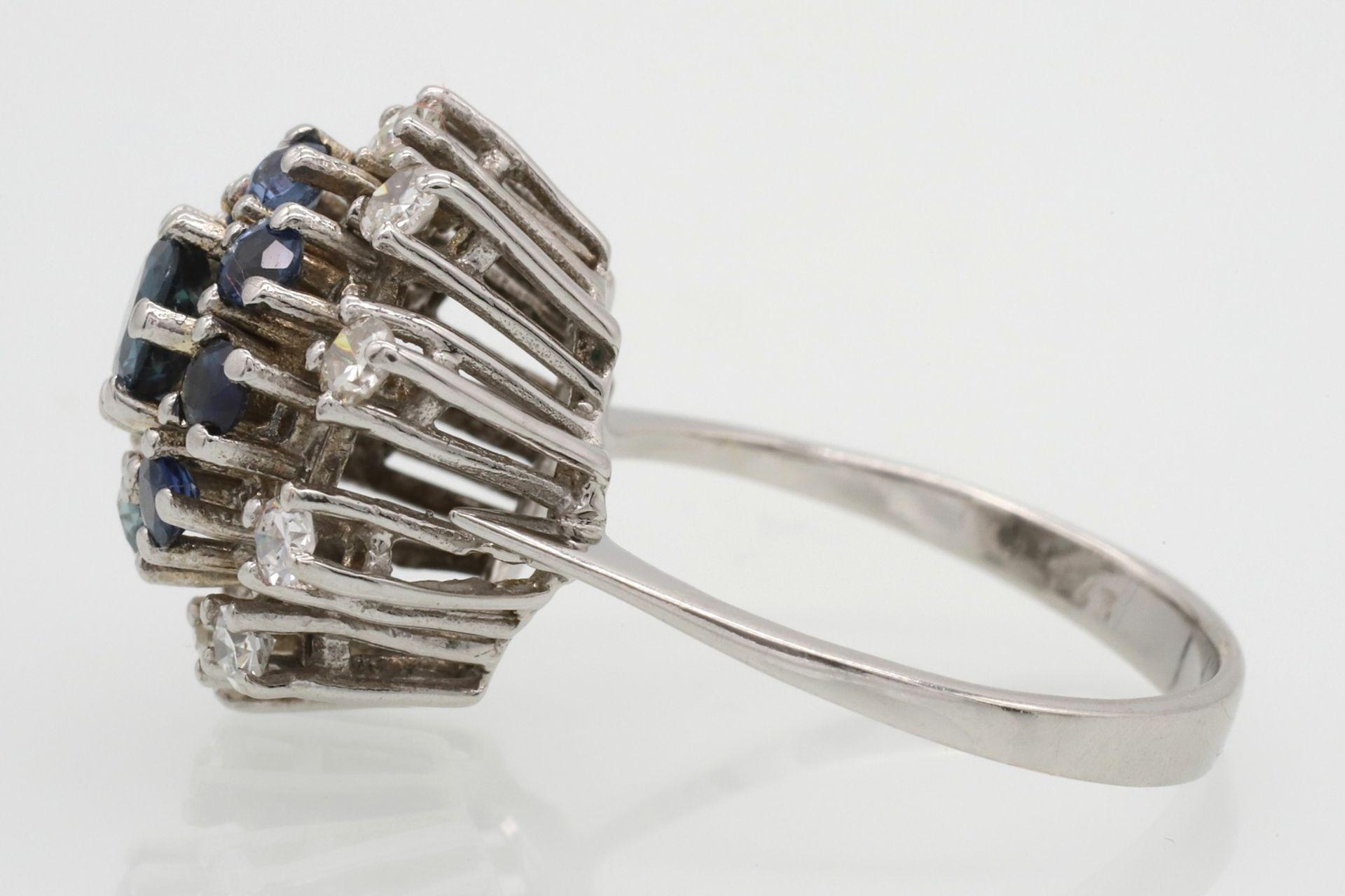 Entourage-Ring besetzt mit Saphir, Topasen und Diamanten - Bild 4 aus 5