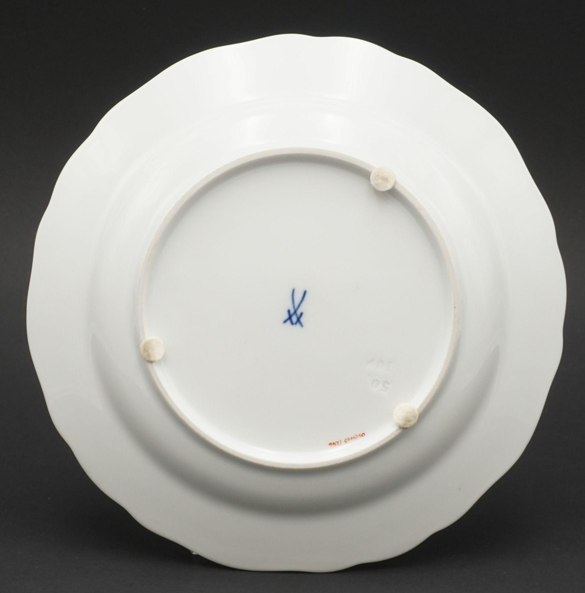 Sechs Meissen Teller mit Bunter Blume - Bild 3 aus 3