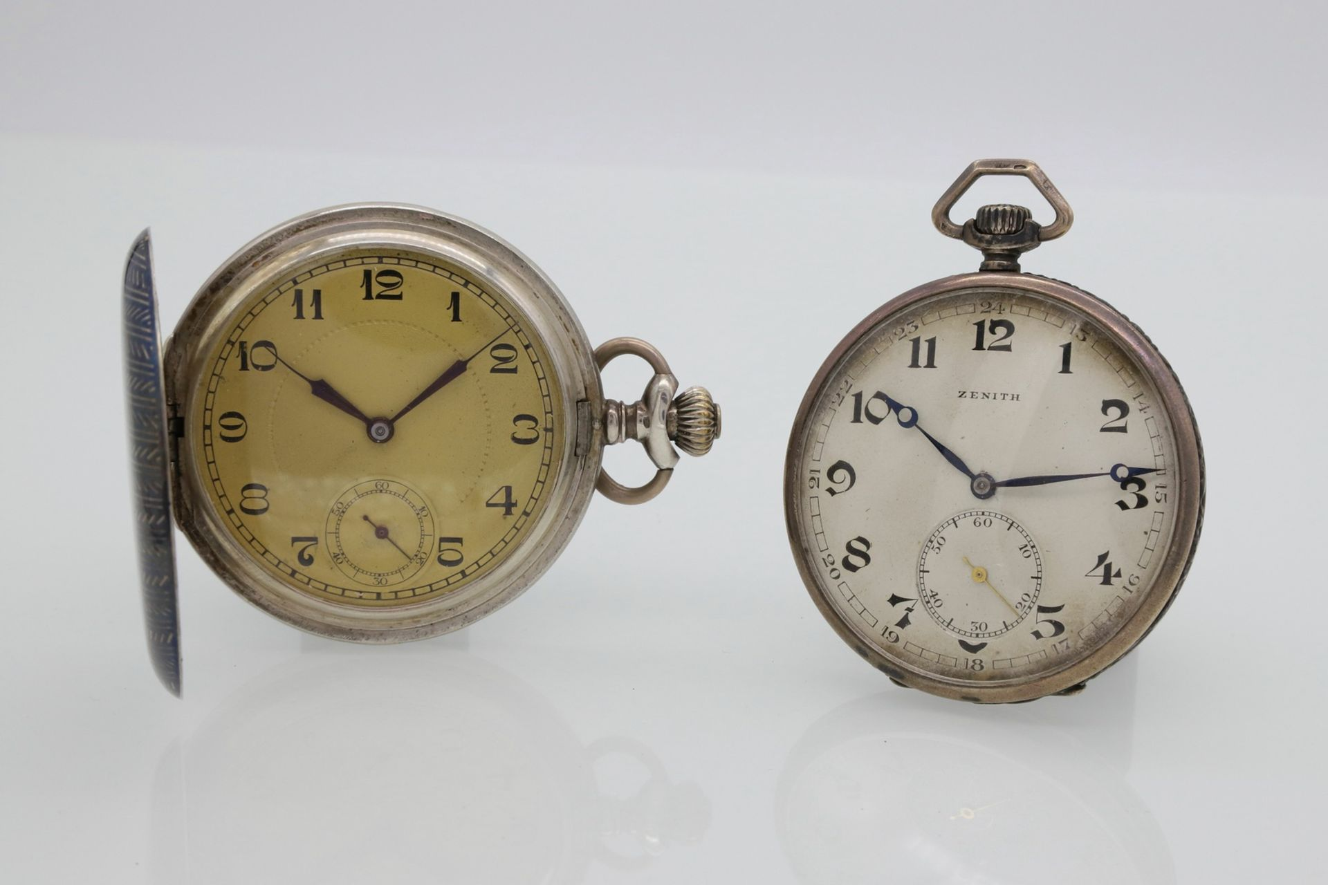 Zwei Art-Déco Taschenuhren
