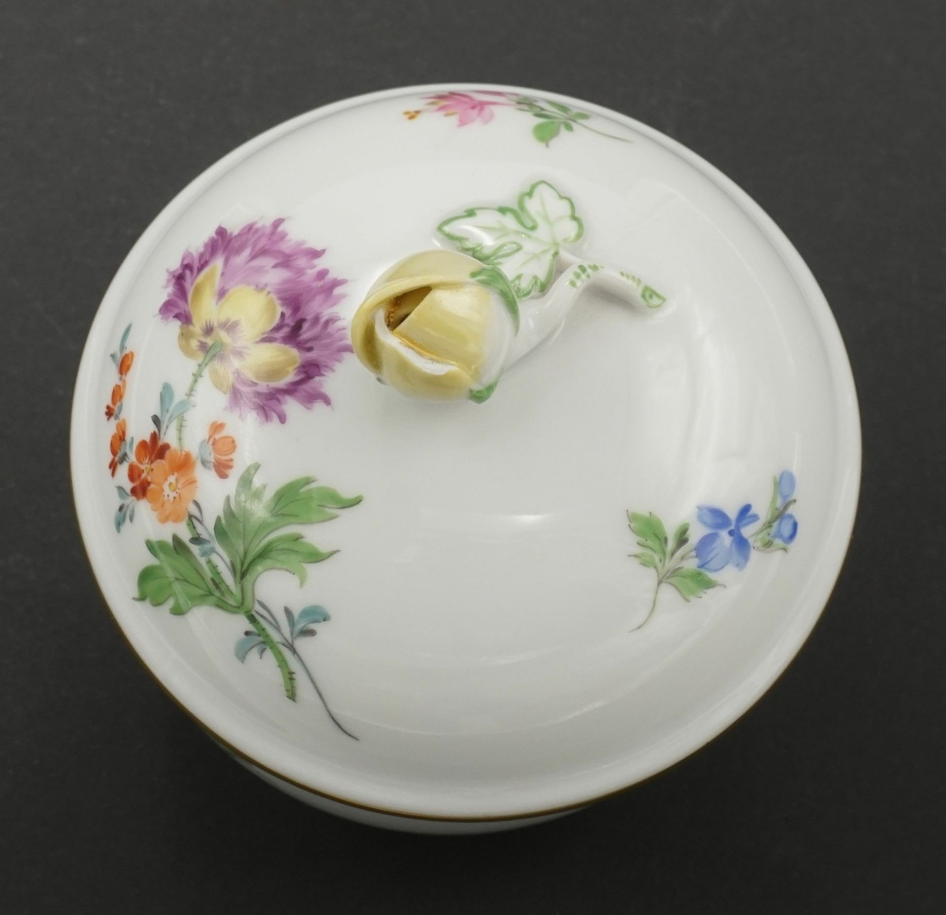 Sechs Meissen Kaffeegedecke mit Bunter Blume - Bild 5 aus 5