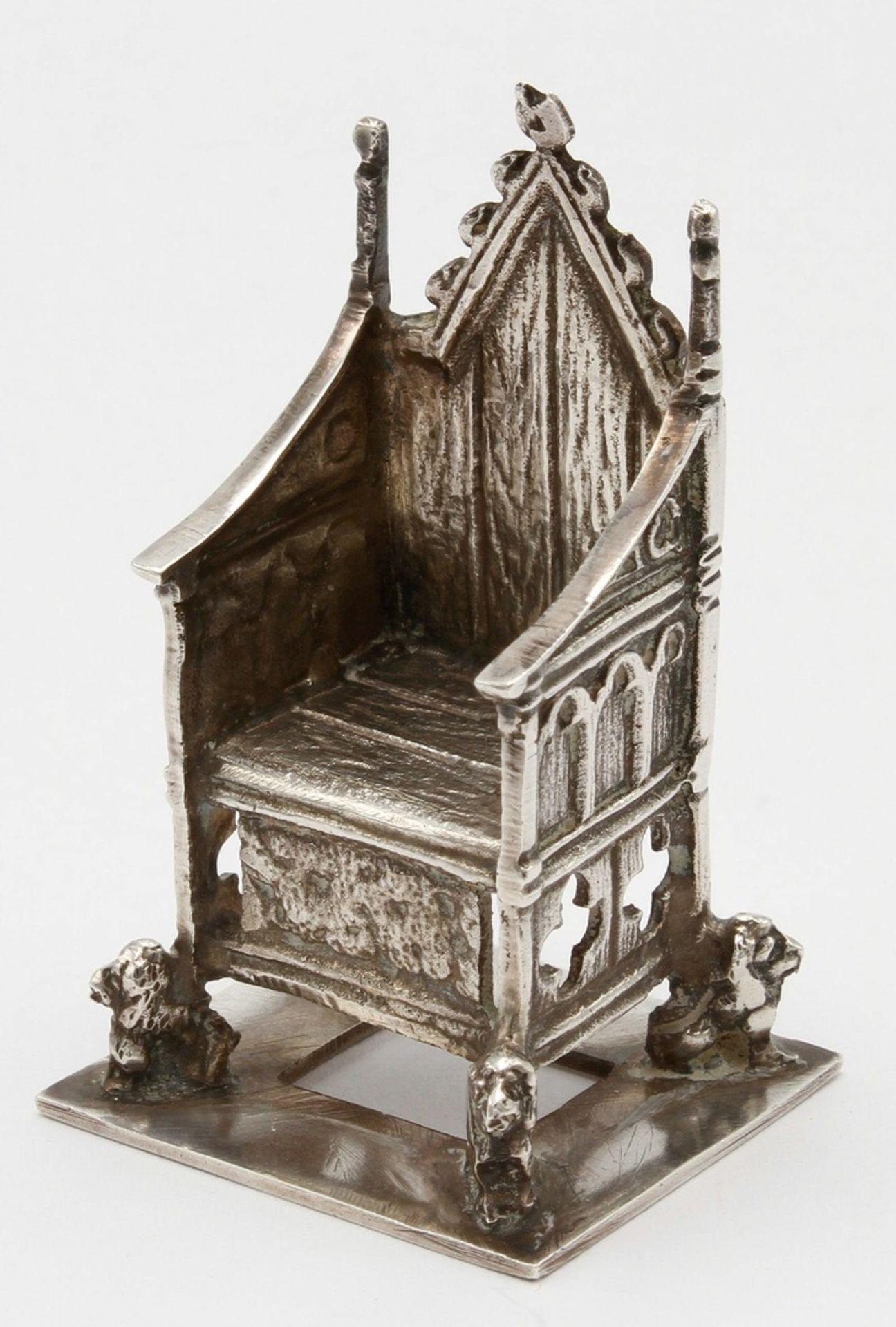 Kleiner Silberthron / -sessel, England, 1902