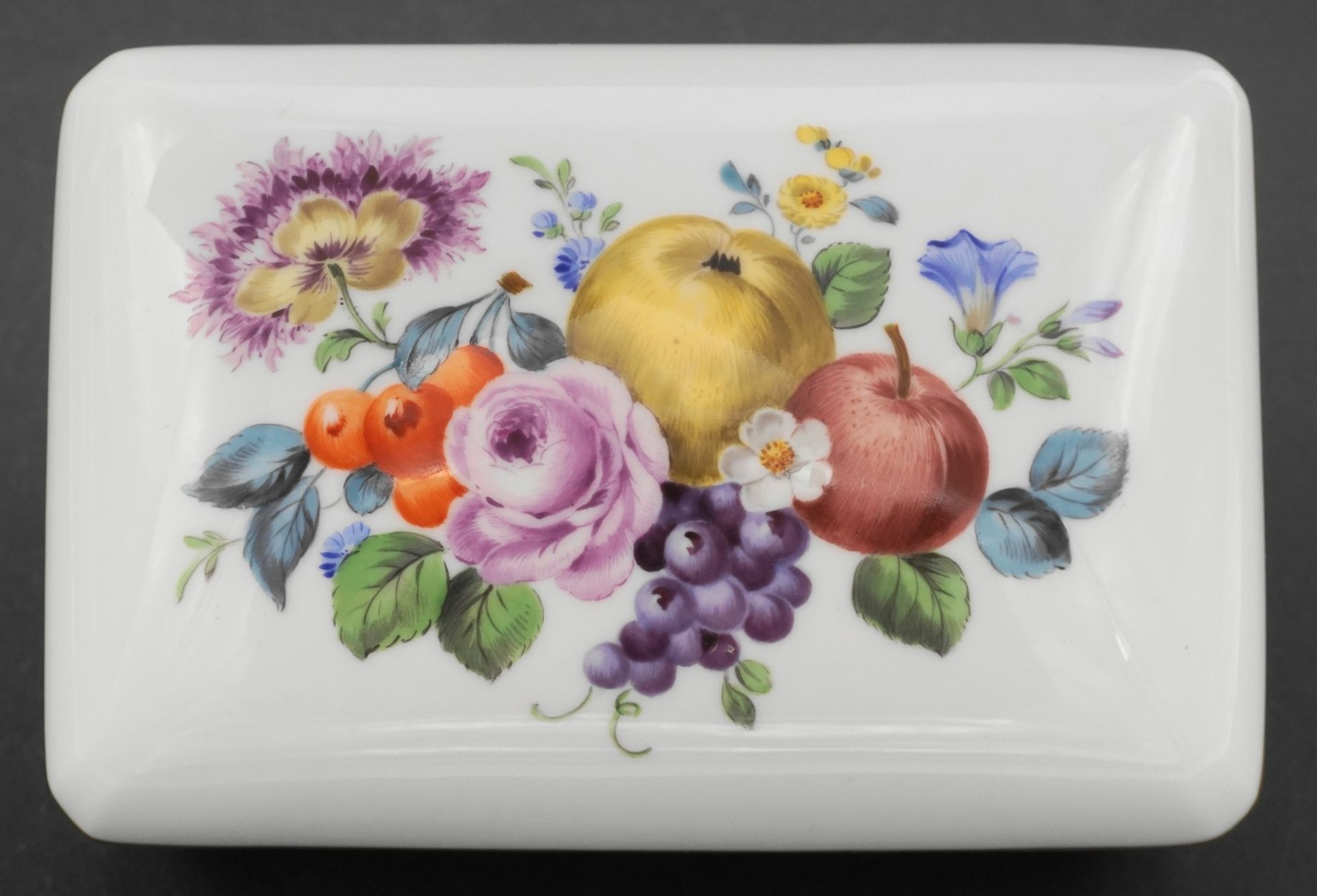 Meissen Deckeldose mit Obstdekor - Bild 3 aus 4