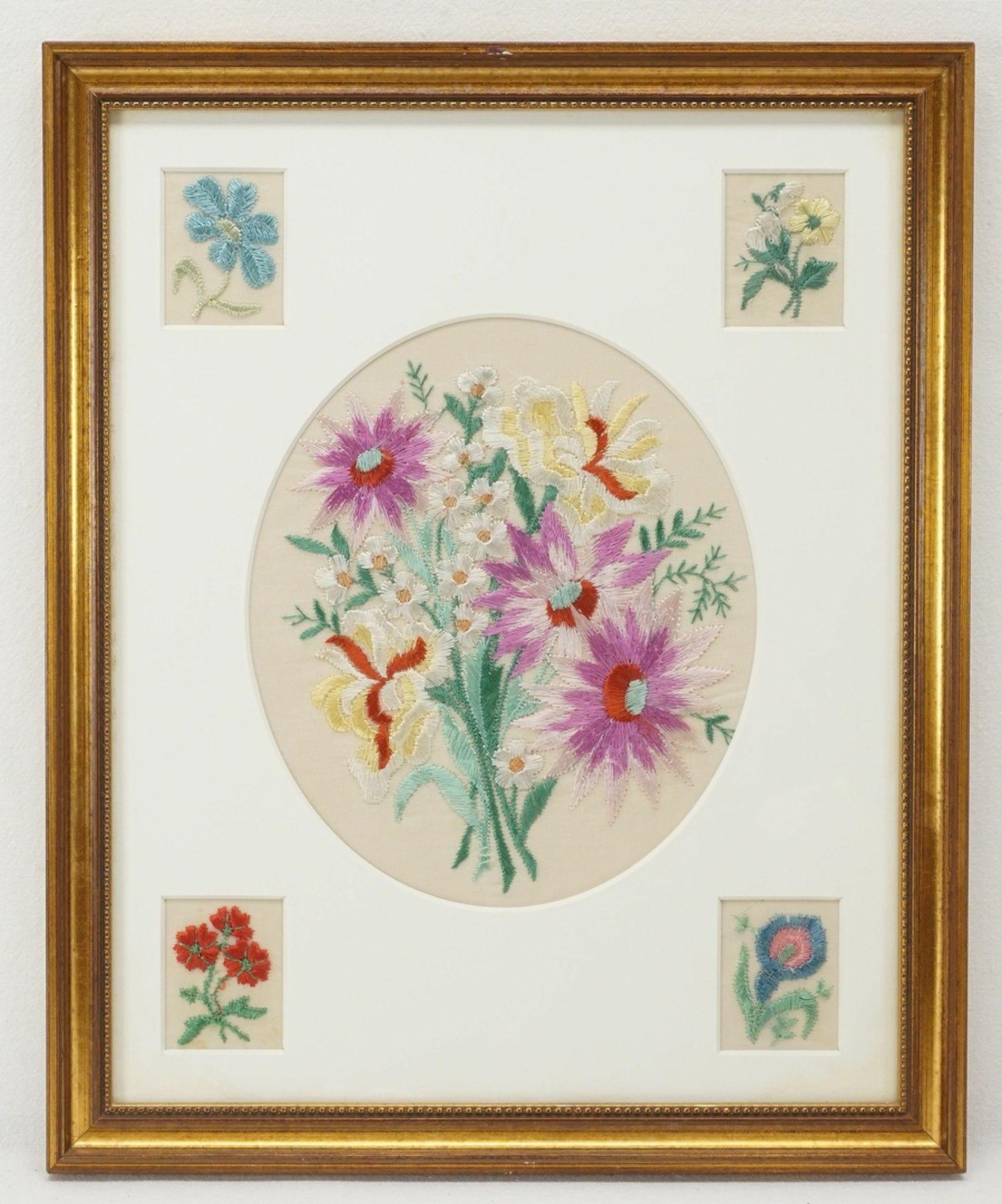 Vier Blumenbilder Seidenstickerei - Bild 5 aus 5