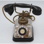 KTAS dänisches Telefon mit Wählscheibe, um 1930