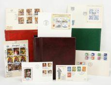 124 Briefe und Großbriefe aus aller Welt