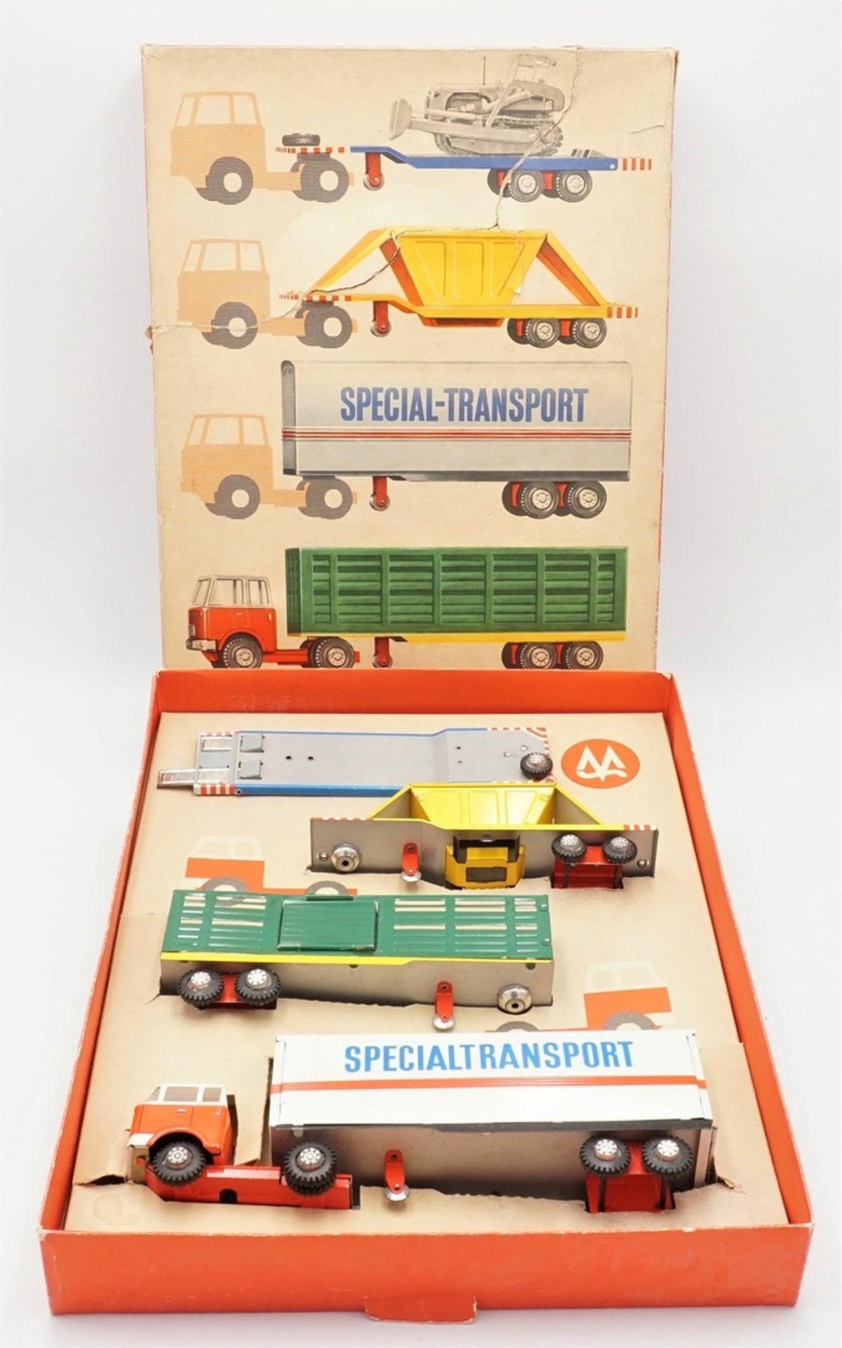 MS Brandenburg 5010 Spezial-Transport Box DDR