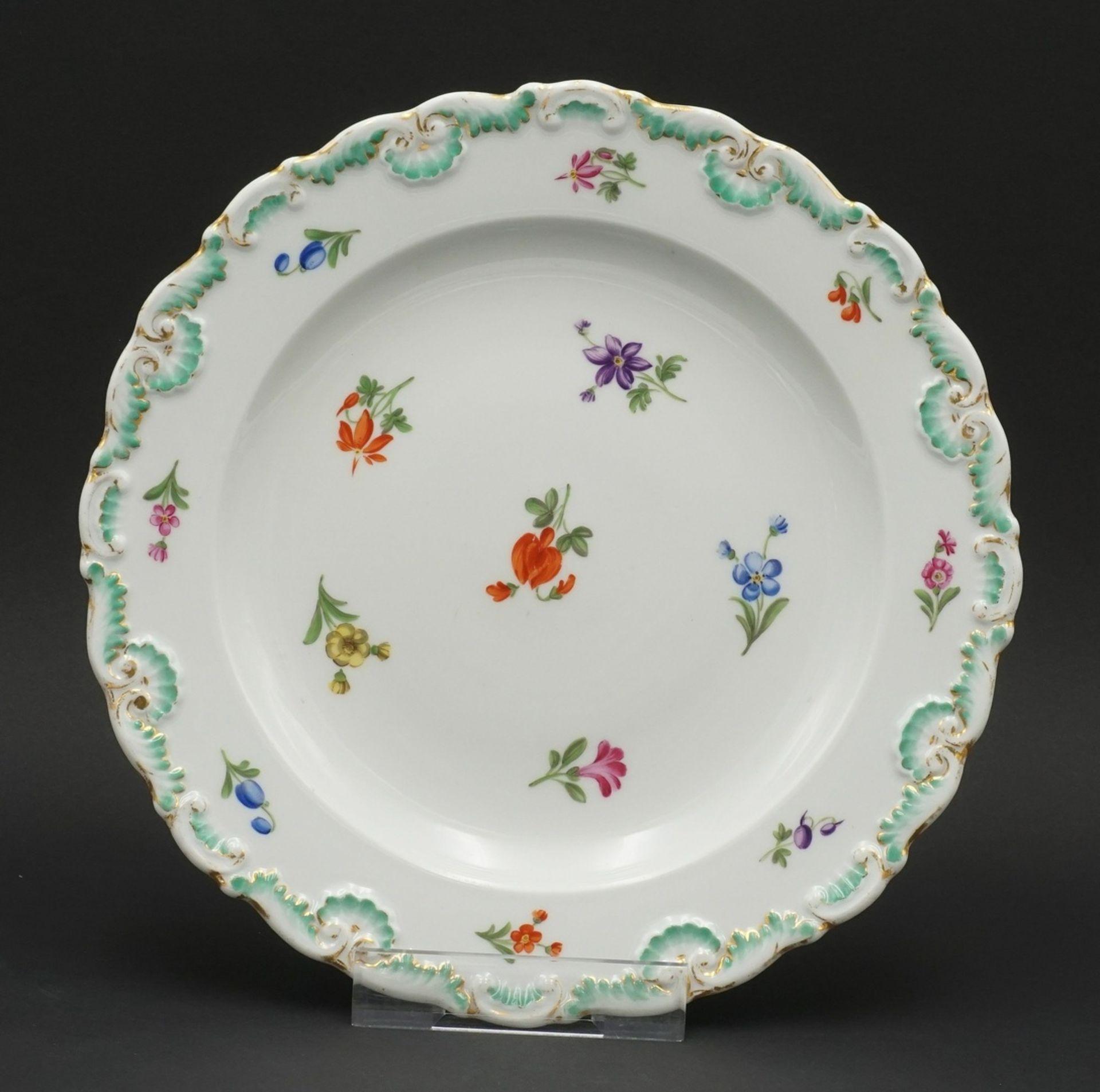 Meissen Teller und Durchbruchteller mit Blumenmalerei - Bild 2 aus 5