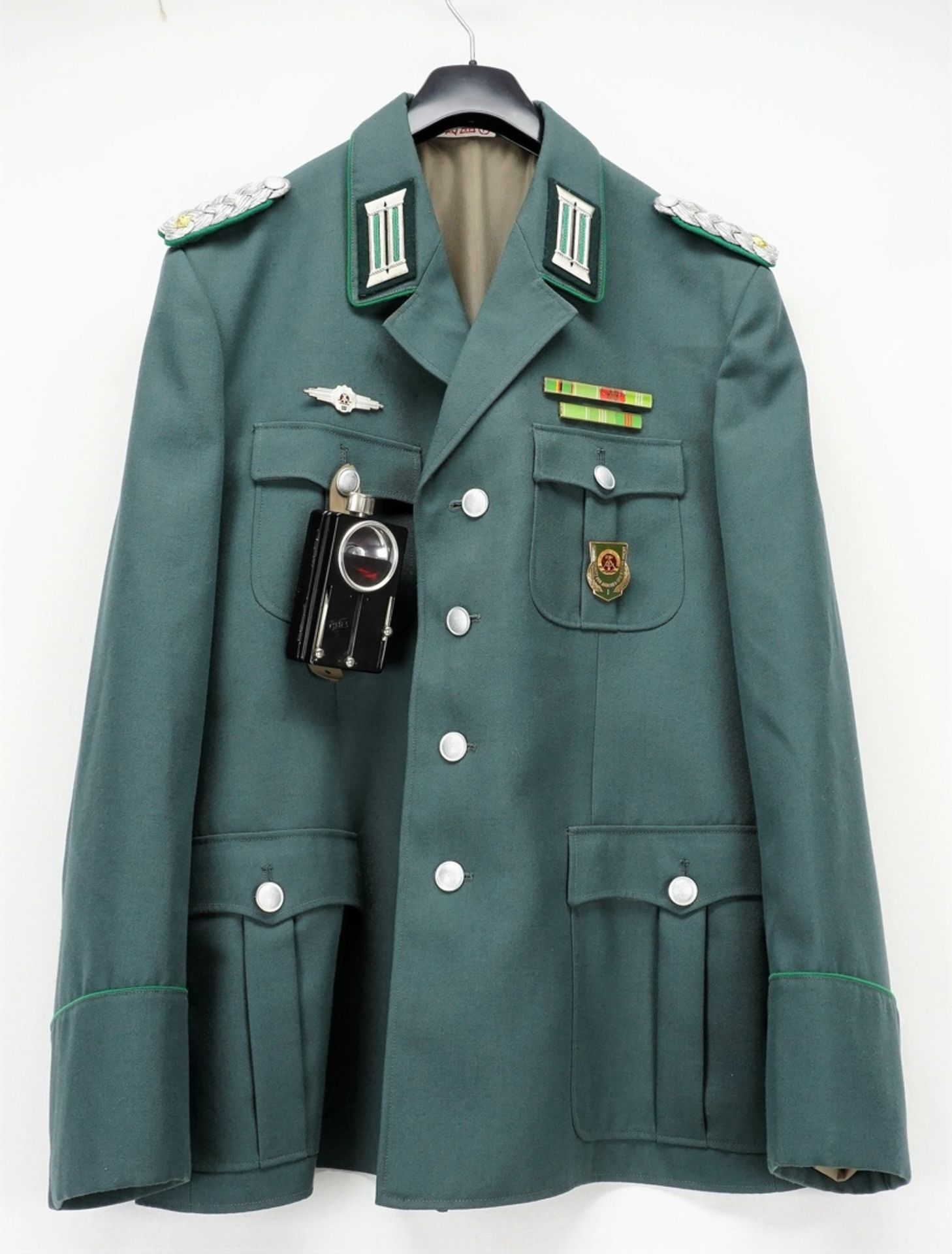 Uniformjacke DDR MDI Polizeioffizier mit Mütze und Zubehör - Bild 2 aus 7