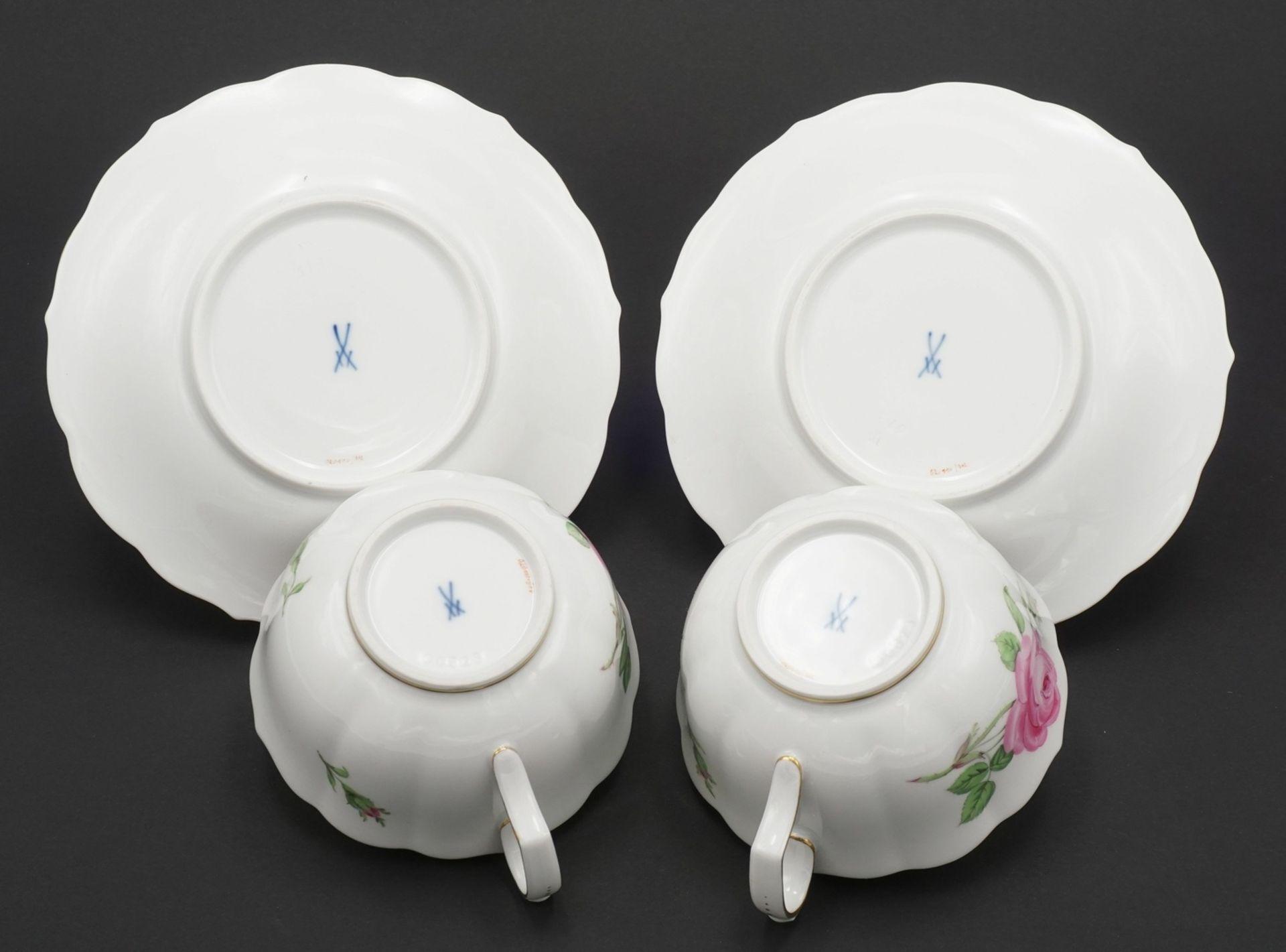 Zwei Meissen Teetassen mit Roter Rose - Bild 3 aus 3