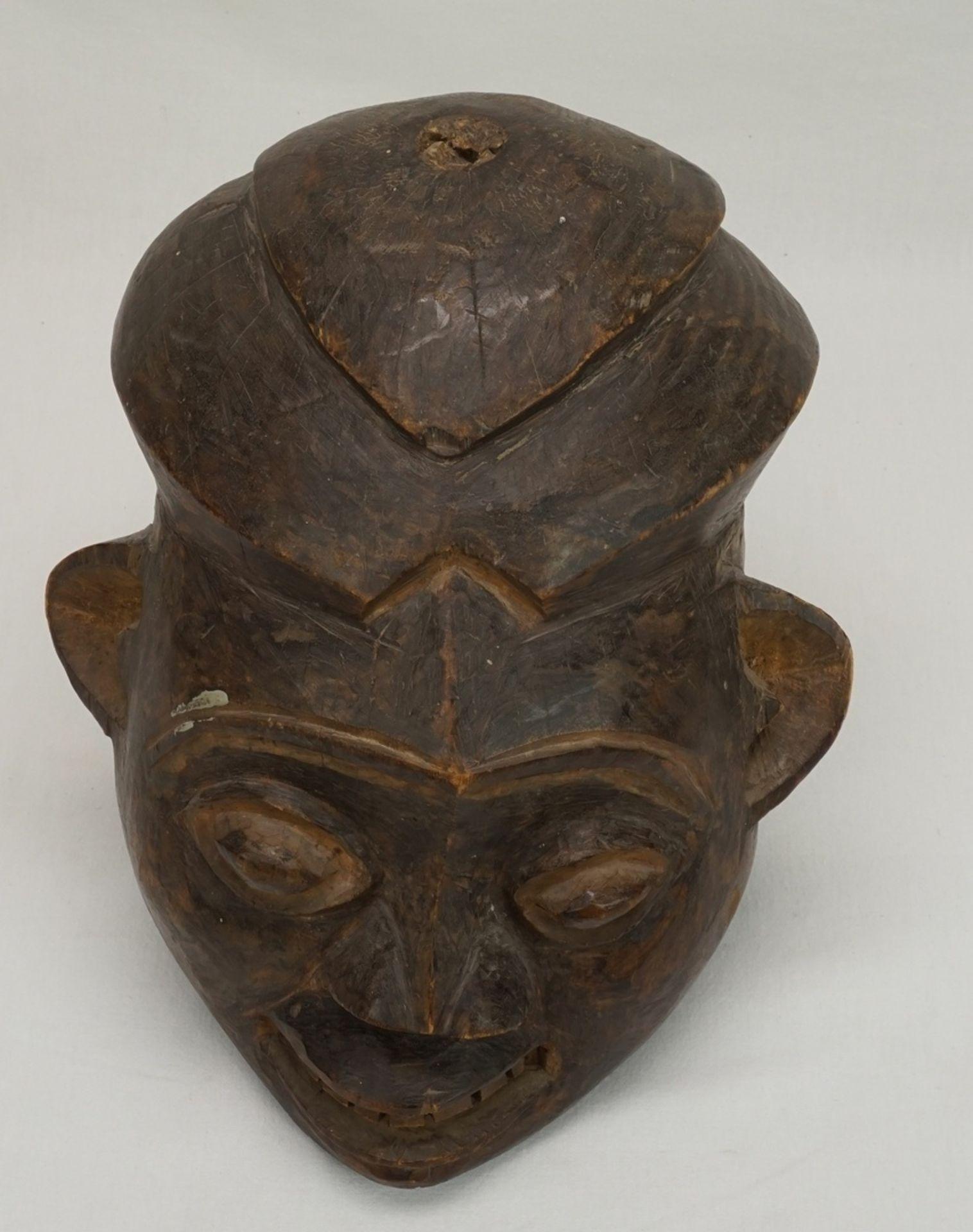 """Weibliche Maske """"ngoin"""", Bamileke, Kameruner Grasland - Bild 5 aus 5"""