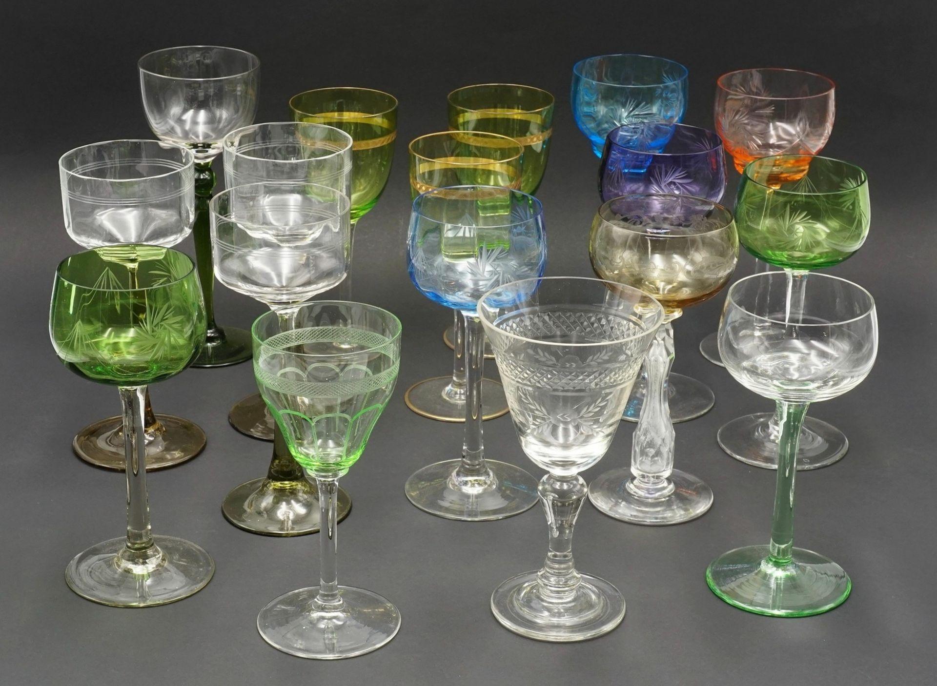17 Weingläser, um 1900-1930