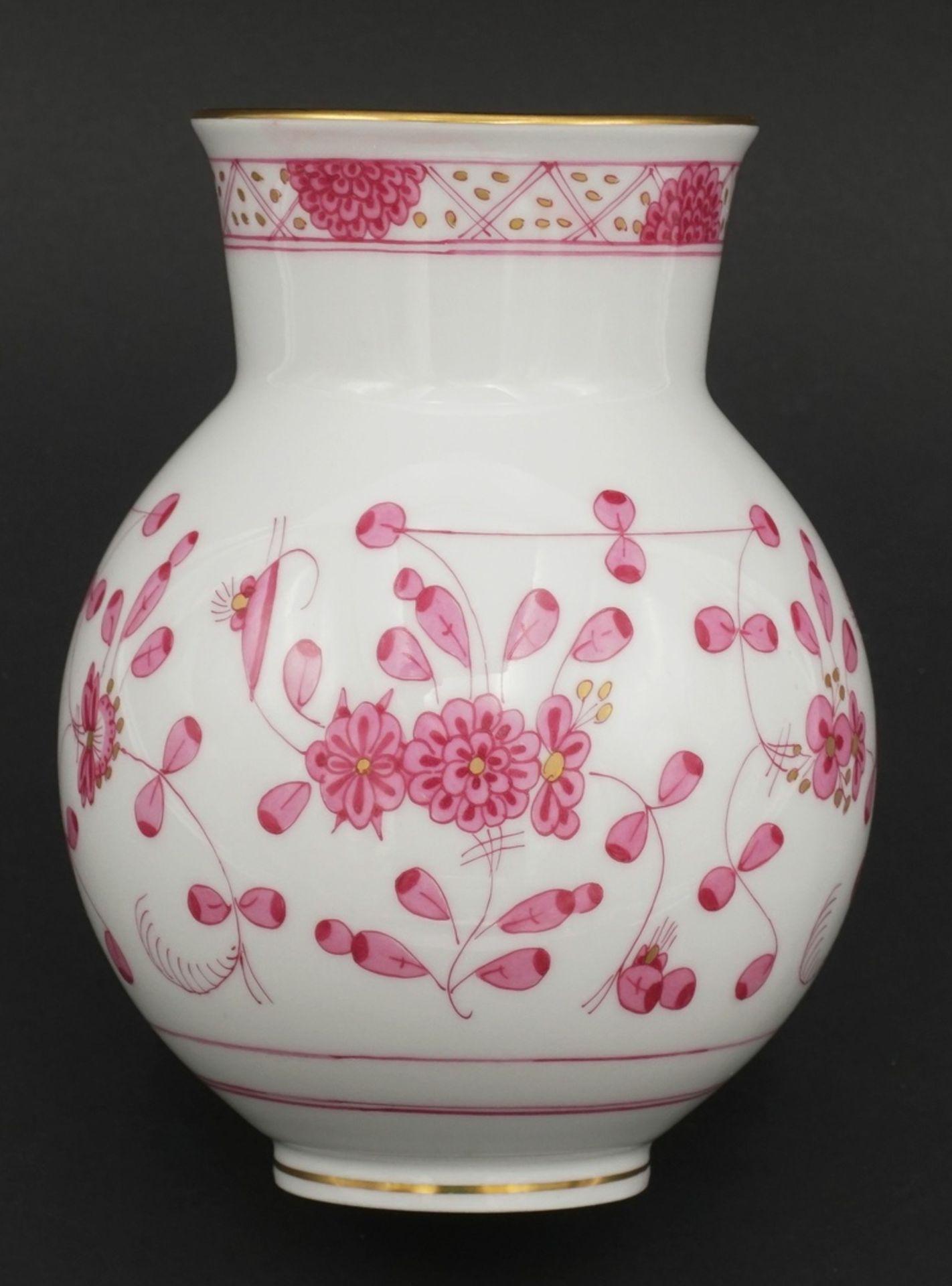 Meissen Vase mit indischer Malerei - Bild 2 aus 3