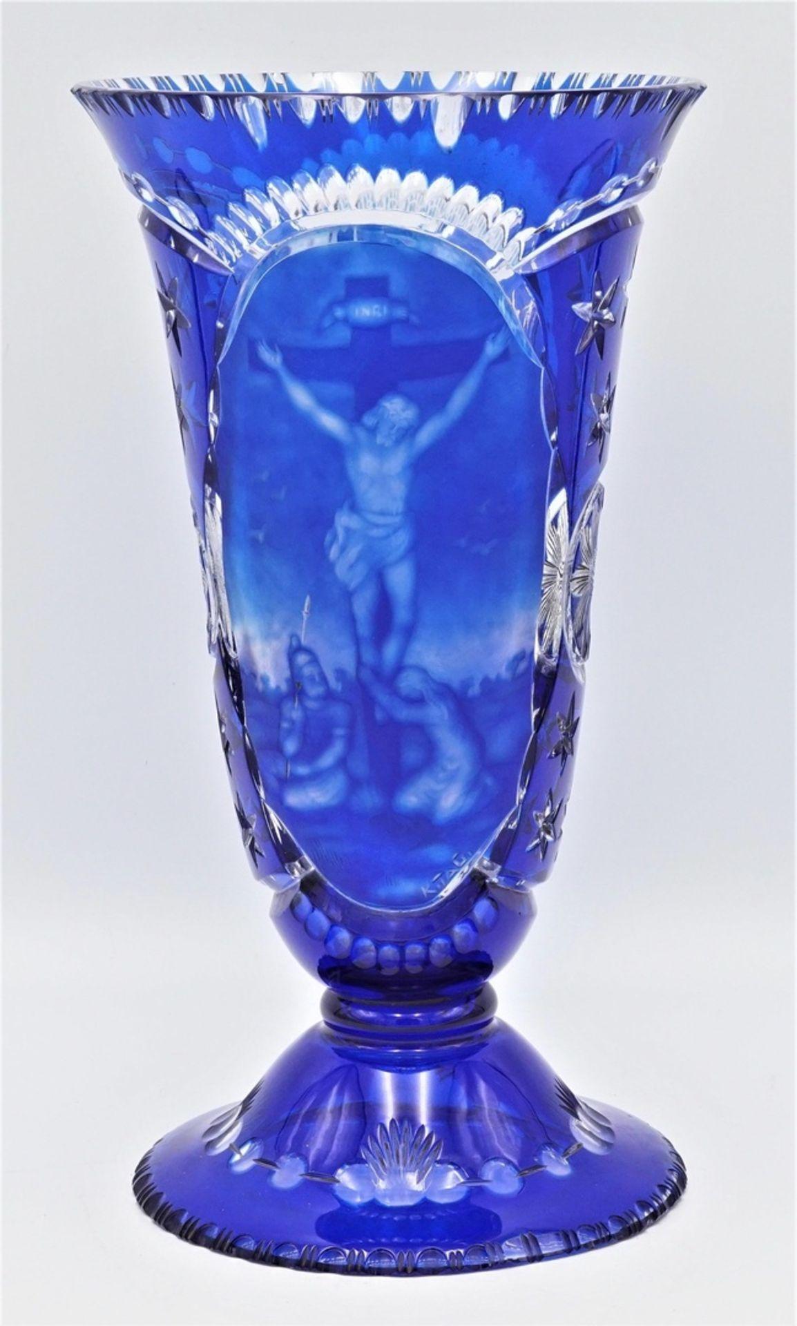 Vase mit religiösen Darstellungen