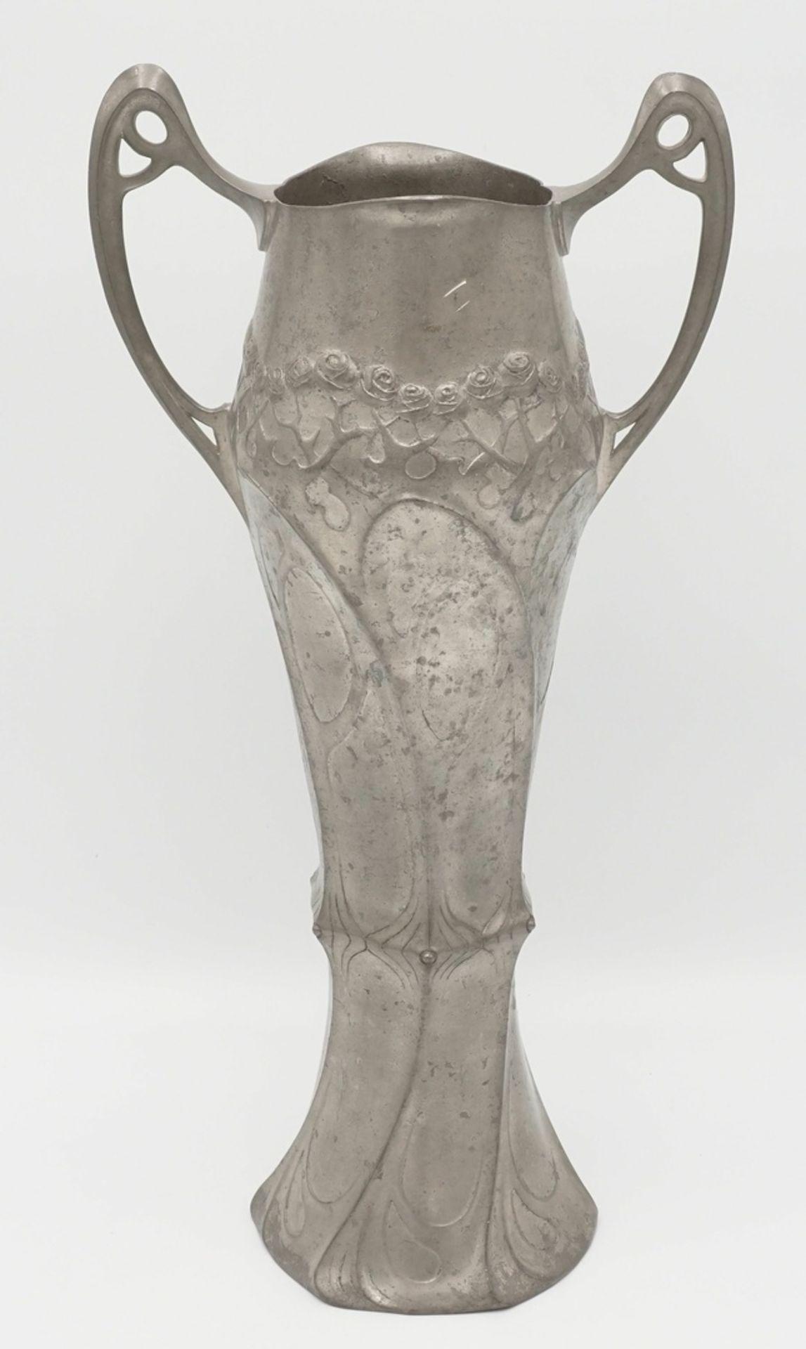 Juventa Prima Metal Doppelhenkelvase, vermutlich 1902-1908