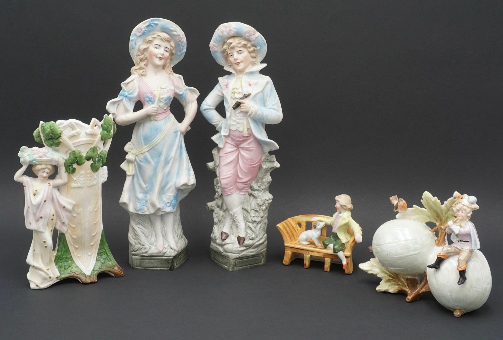 Fünf Vertiko-Figuren, um 1900