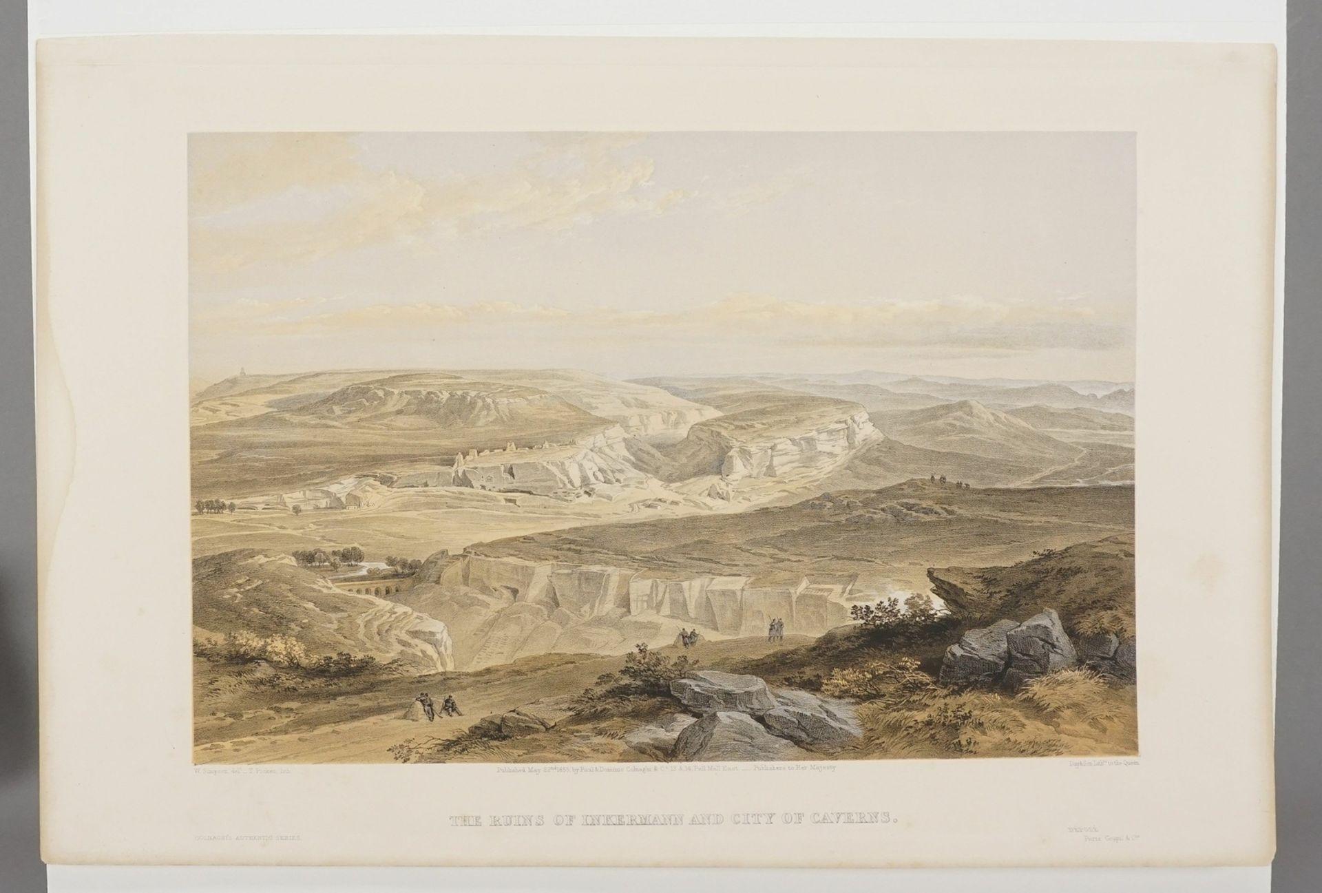 """William Simpson, """"The Ruins of Inkermann and City of Caverns"""" (Die Ruinen der Stadt Inkerman ... - Bild 3 aus 3"""